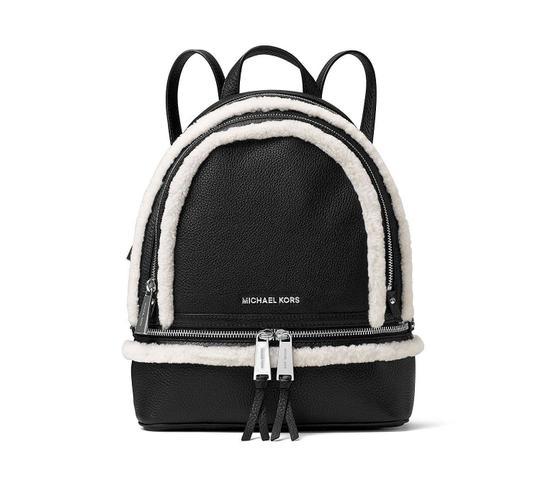 Preload https://img-static.tradesy.com/item/20937443/michael-michael-kors-medium-rhea-zip-black-leather-backpack-0-0-540-540.jpg