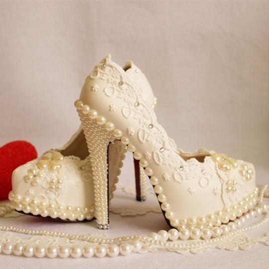 White - Pearls Goddess Pumps Size US 9