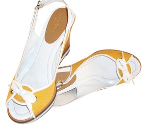 Cole Haan Leather yellow Sandals