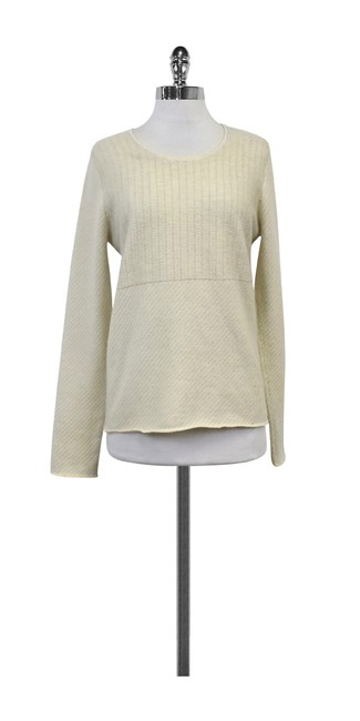 Preload https://img-static.tradesy.com/item/20938505/cream-and-grey-striped-sweaterpullover-size-12-l-0-0-650-650.jpg