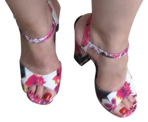 Betsey Johnson multi pink black see images Sandals