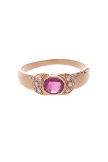 Other 18K Yellow Gold Ruby & Diamond Ring Image 2