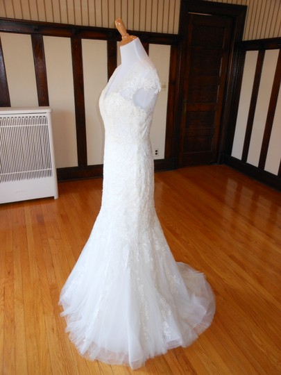 Pronovias Off White Lace 5332 Destination Wedding Dress Size 12 (L) Image 1