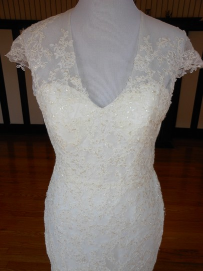 Pronovias Off White Lace 5332 Destination Wedding Dress Size 12 (L) Image 3