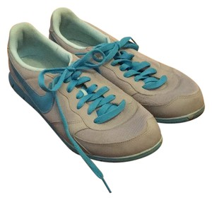Nike light gray-electric blue Athletic
