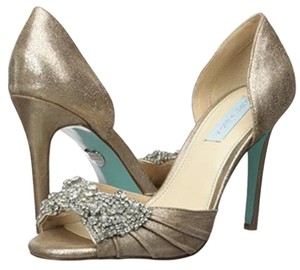 Betsey Johnson Wedding Swarovski Crystals Sandal Gold Gold metallic Pumps