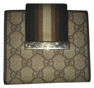 Gucci wallet by gucci