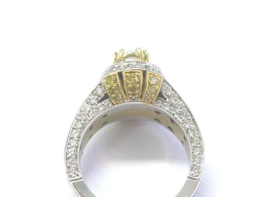 Other 18Kt Oval Fancy Yellow Diamond White Gold Engagement Ring 4.00Ct Image 2
