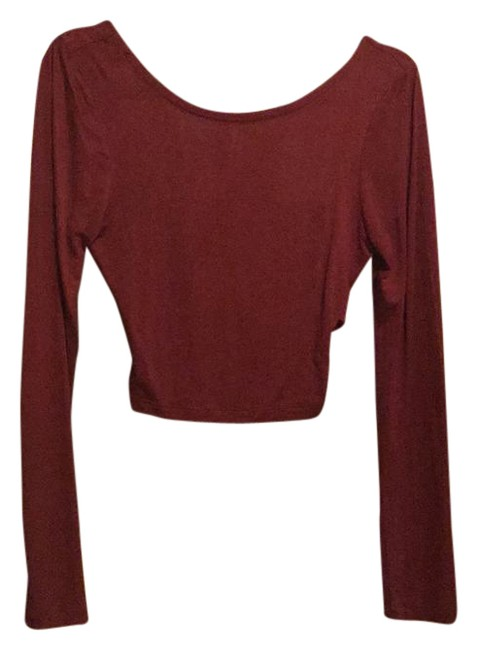 Preload https://img-static.tradesy.com/item/20939773/zenana-outfitter-long-sleeve-crop-maroon-top-0-1-650-650.jpg