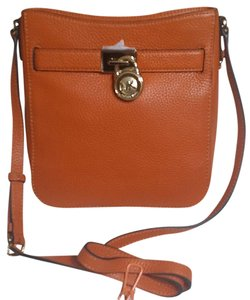 Michael Kors Satchel 190049149652 Hamilton Cross Body Bag