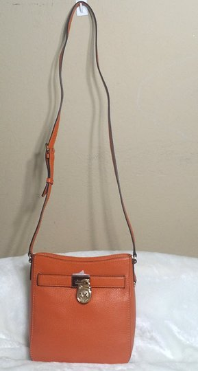 Michael Kors Satchel 190049149652 Hamilton Cross Body Bag Image 4