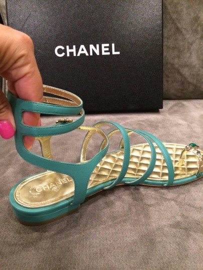 Chanel Jewel Toe Ring Strappy Green Sandals Image 9