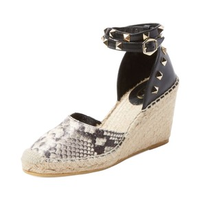 Ash Snakeskin and Black Wedges
