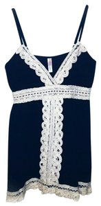 Xhilaration Top Navy & Ivory
