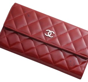 Chanel CoCo Matelasse Bifold Wallet. Gorgeous! What a steal!