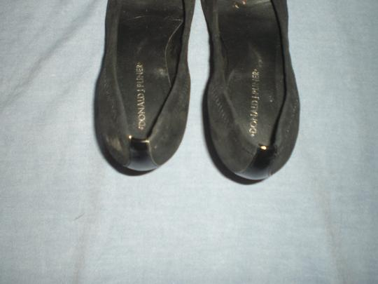 Donald J. Pliner Black Pumps Image 4