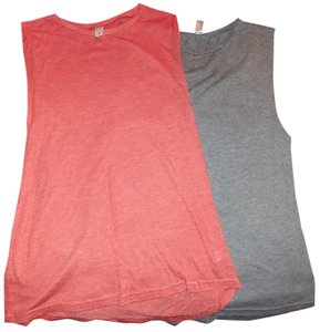 Nordstrom Medium Tshirts Top Gray & Salmon