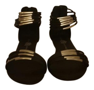 Rock & Republic Black and Silver Sandals