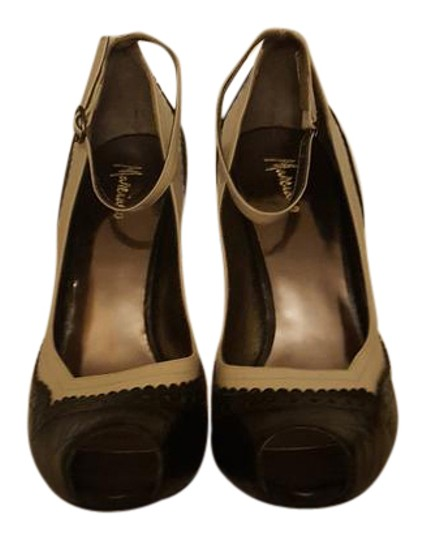 Preload https://img-static.tradesy.com/item/20941207/marciano-black-and-tan-leather-peep-toe-with-ankle-straps-pumps-size-us-8-regular-m-b-0-1-540-540.jpg