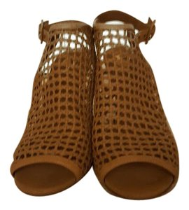 Vince Camuto tan Mules