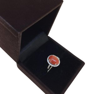 Other 18K White Gold Red Coral Diamonds Ring