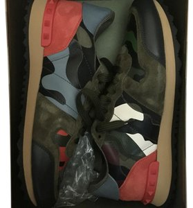 Valentino army green Athletic
