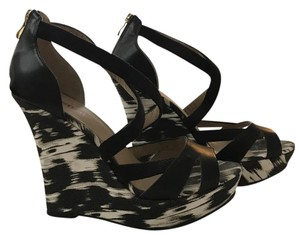 JustFab Black and Cream Wedges
