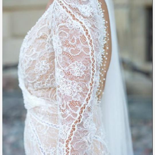 Inbal Dror White Is Made with A Nude Underlay and Heavy Hand Made Lace. Full Beaded with Cross Over Style On Top. Delicate Me 13-03 Modern Wedding Dress Size 2 (XS) Image 5