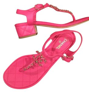 Chanel Quilted T Strapp Cc Fuchsia Pink Sandals
