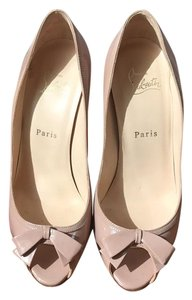 Christian Louboutin Nude, Beige patent Formal