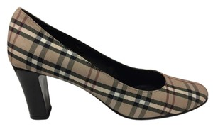 Ditto by VanEli Deaigner Inspired Plaid Pumps