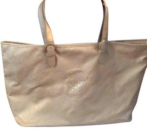 Vince Camuto Tote in gold