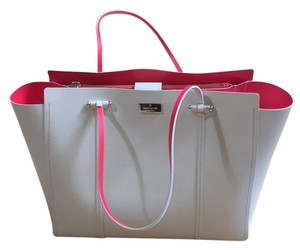 Kate Spade Tote in sand and coral