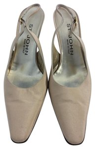 St. John Made in Italy Tan Pumps