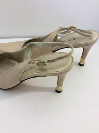 St. John Made in Italy Tan Pumps Image 5