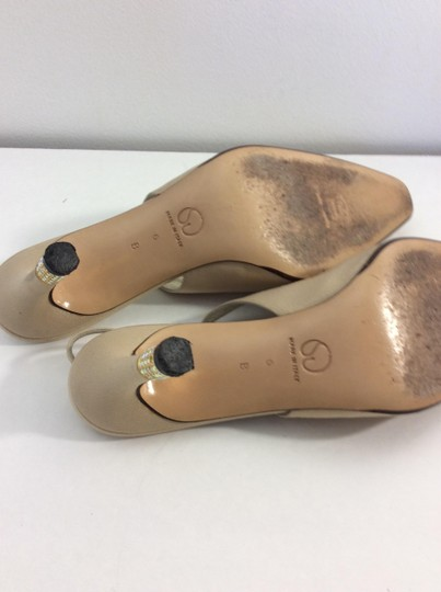 St. John Made in Italy Tan Pumps Image 8