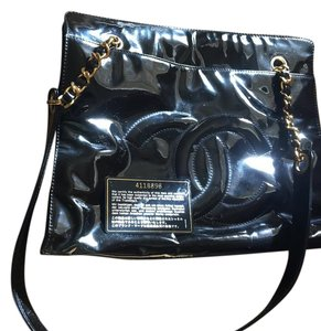 Chanel Patent Leather New Tote in Black