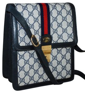 Gucci Vintage Accessory Collection Made In Italy Monogram Blue Messenger Bag
