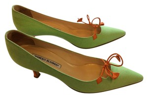 Manolo Blahnik Light green orange trim Pumps
