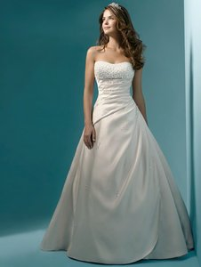 Alfred Angelo Alfred Angelo # 1136 Wedding Dress