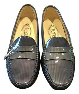 Tod's Driving Patent Leather Grey Flats
