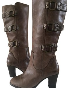 Matisse Distressed Brown Boots