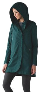 Lululemon Waterproof Rain Raincoat