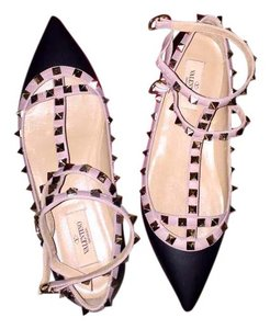 Valentino Black and nude Flats
