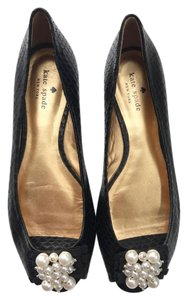 Kate Spade Black with pearls Flats