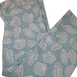 Lilly Pulitzer Capris light blue with clams