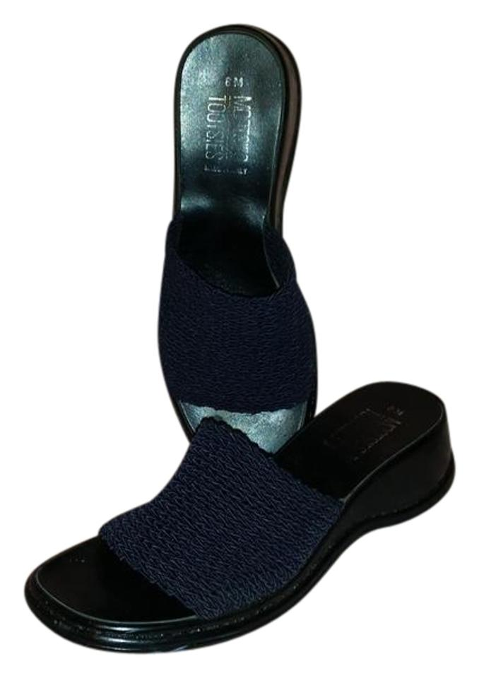 5a282a73705cf Mootsies Tootsies Navy Blue Slides Sandals Size US 8 Regular (M