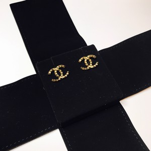 Chanel Brand New Packaged Gold Textured CC Interlocking Logo Pierced Earrings