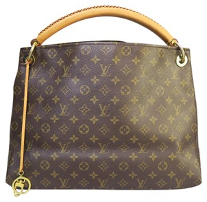 Louis Vuitton Lv Artsy Mm Canvas Tote in monogram