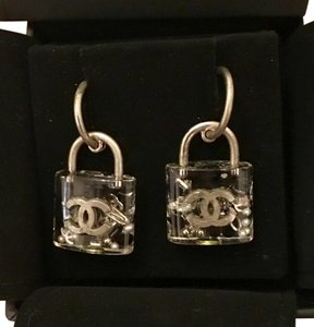 Chanel Chanel CC locket earrings